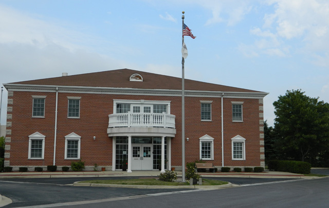 HICKORY HILLS COMMUNITY CENTER