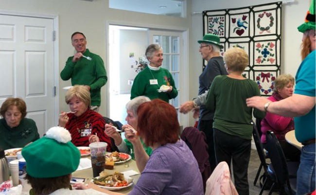 SENIOR-GREEN-LUNCHEON800